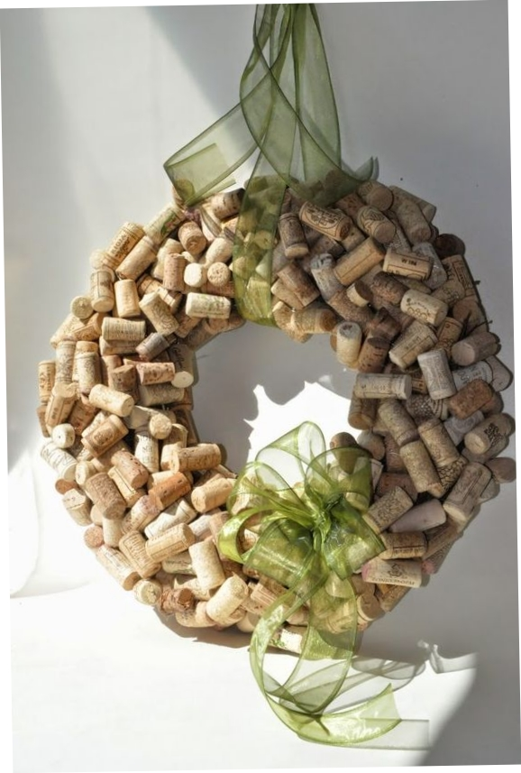 DIY Wine Cork Craft Project Ideas